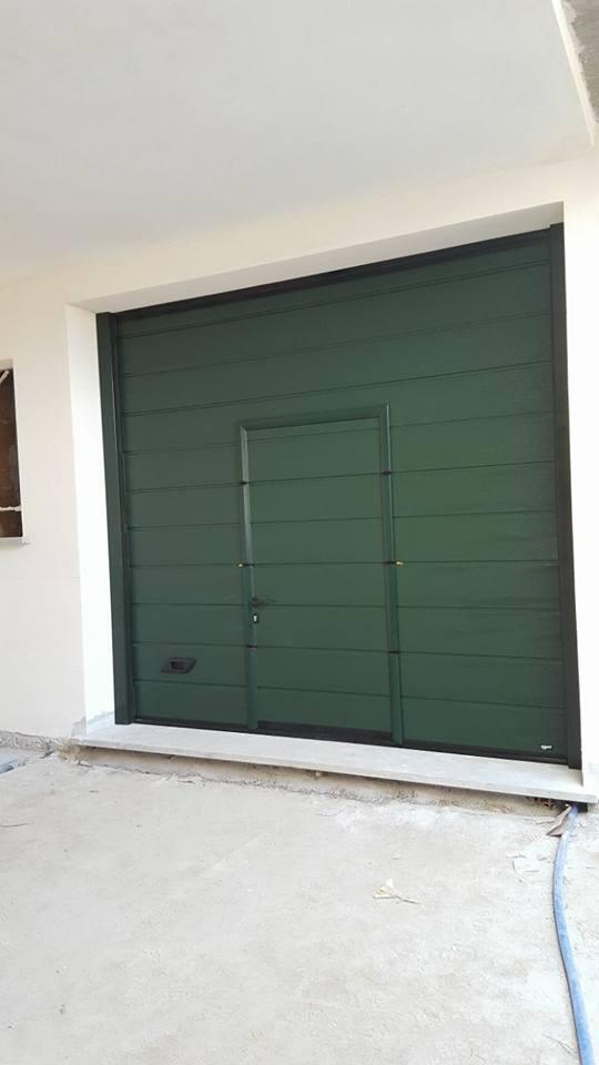 Porta da garage con porta passo uomo Canepina (VT)