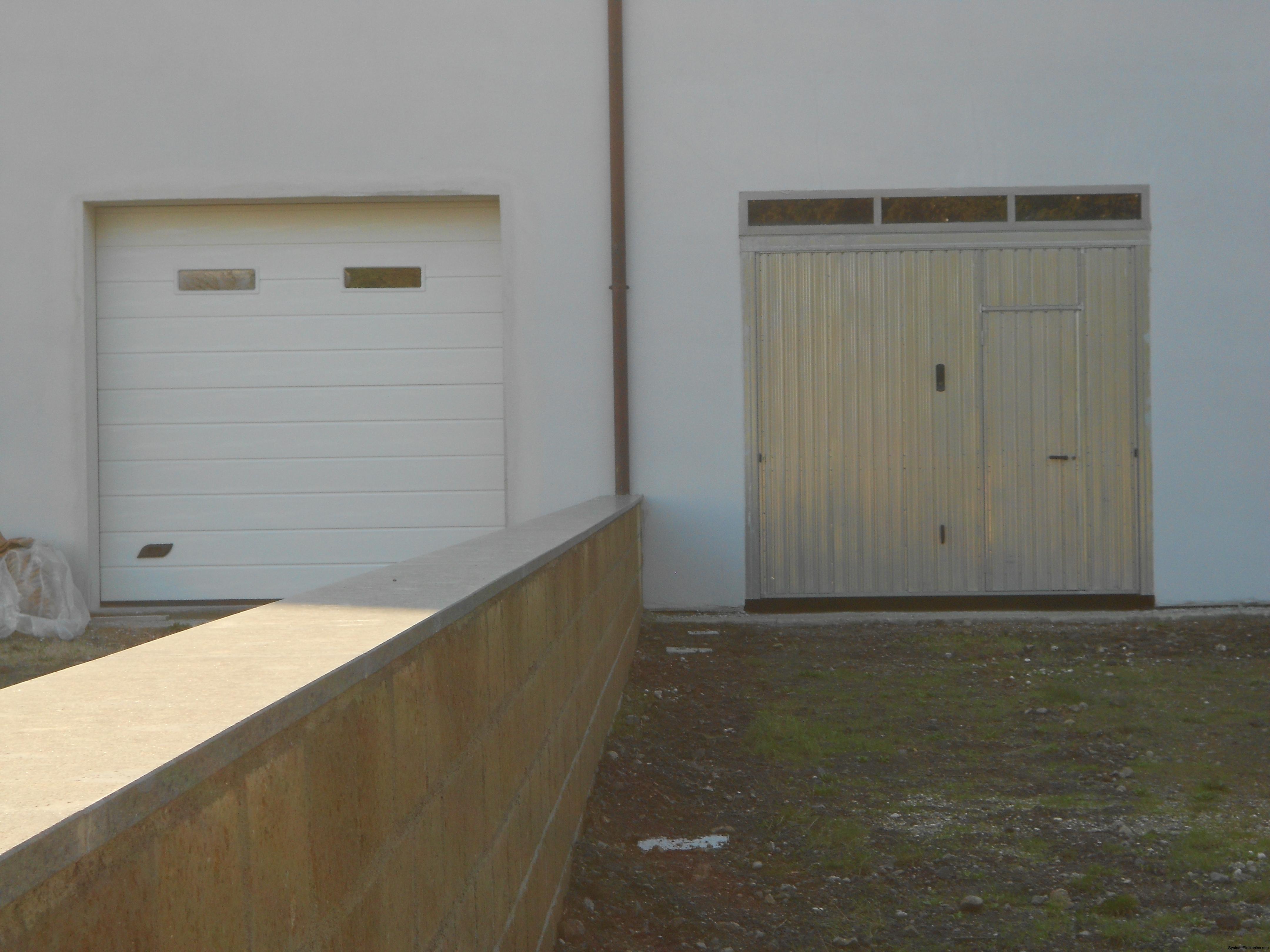 differenza fra una sezionale e una basculante, porta sezionale caprarola