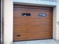 Finto legno con oblò modello dogato, porta sezionale caprarola