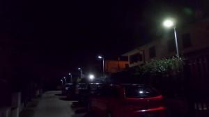 Illuminazione notturna con lampioni solari small