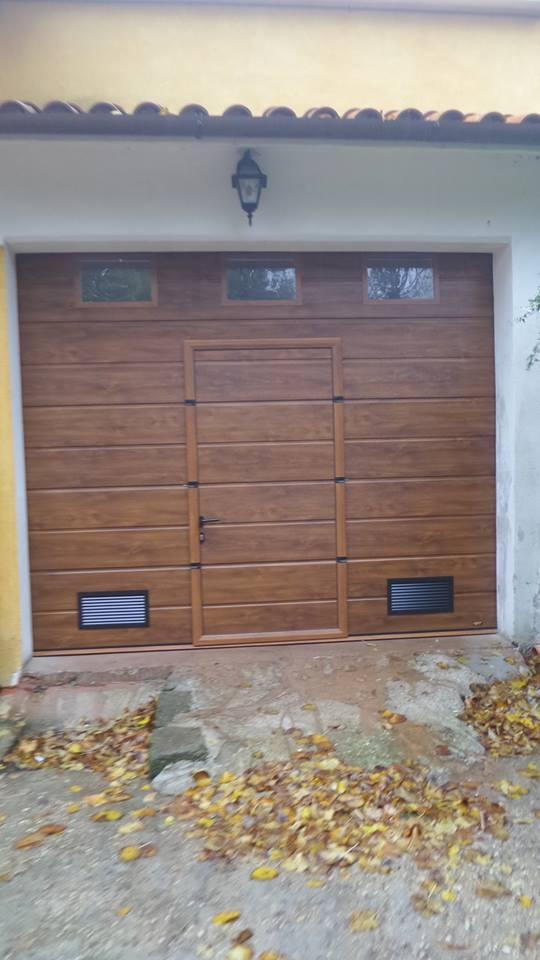 Portoni sezionali per garage porte scorrevoli system elettronica snc - Porta garage sezionale prezzi ...